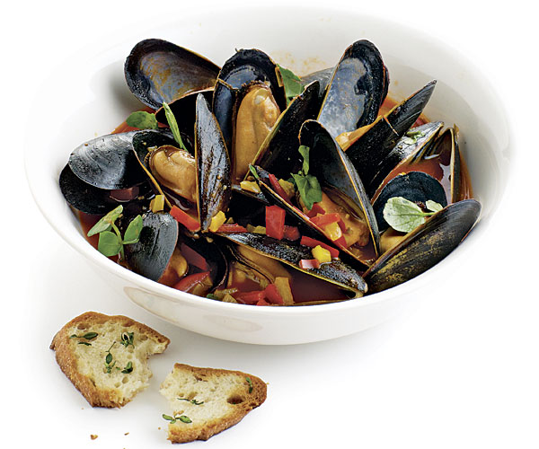 Steamed Mussels with Bell Peppers, Watercress, and Herbed Toasts